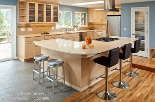 Natural Maple and Caesarstone Kitchen Renovation
