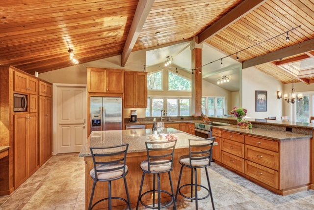COTY 2016 Regional Winner Kitchen Design and Remodeling Corvallis Oregn
