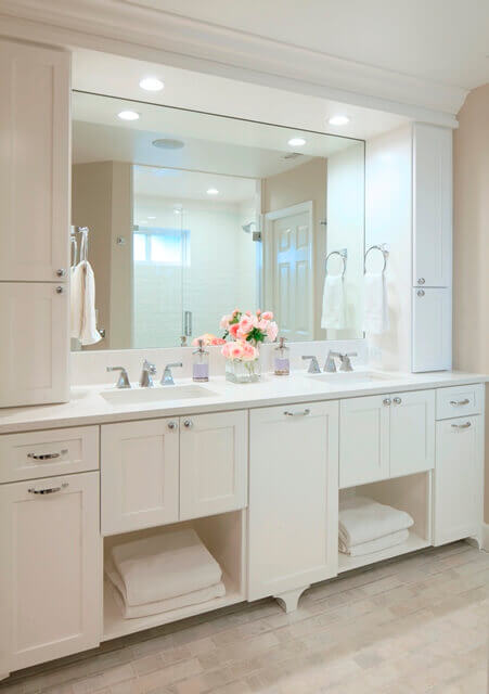 The newly renovated bath suite has a refined air of quality and calm.