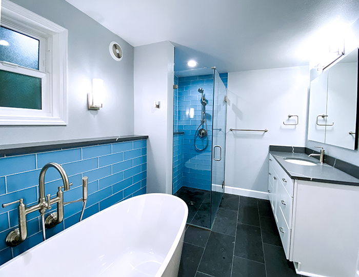 Freestanding tub, wallk-in shower, large vanity with quartz counter